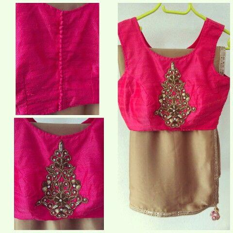 Simple, elegant sari and designer blouse combo. Waidurya exclusively designed. Indian fashion.