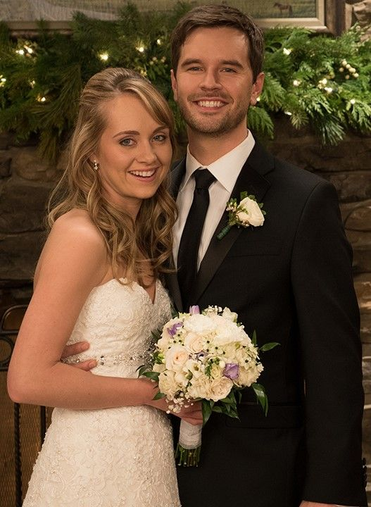 Amber marshall wedding day pictures