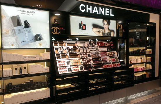 Chanel is the epitome of glamorous, and now you can look like you've just walked off the runway with Shoppers Drug Mart's new Chanel wall. Chanel has everything from mascara to lip gloss, so check it glam queens!