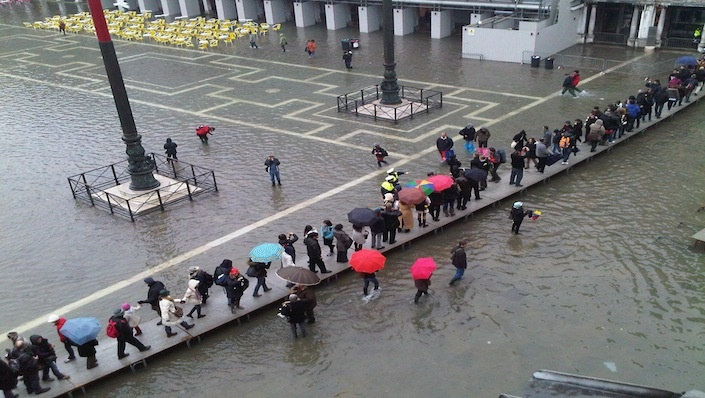 High Tide in Venice - high tide - venice high - tide venice - high | in-venice - IN Venice