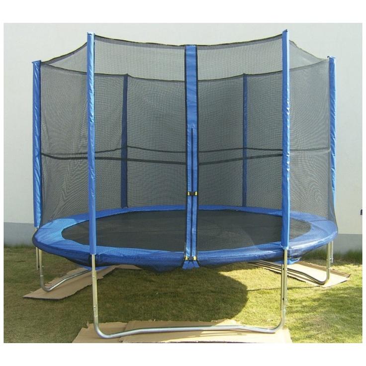 Mit diesem großen Trampolin + Netz kann man sicher und sehr sehr hoch hüpfen... :)