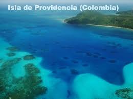 Isla de Providencia  La Isla de Providencia, conocida también como Old Providence, es una isla del Mar Caribe de 17 km² que pertenece al Archipiélago de San Andrés y Providencia y territorio del municipio de Providencia