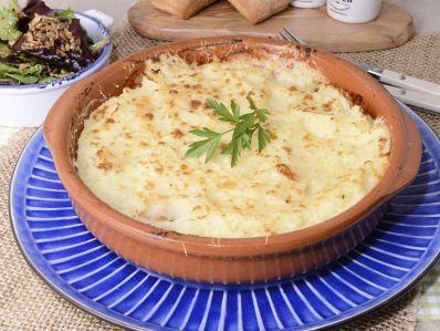 Receta   Pastel de patatas y atún gratinado - canalcocina.es