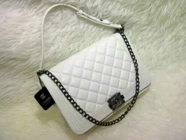Tas wanita CHANEL BOY 2room Semsup Hk Putih Elegant | Tas Cantik ...
