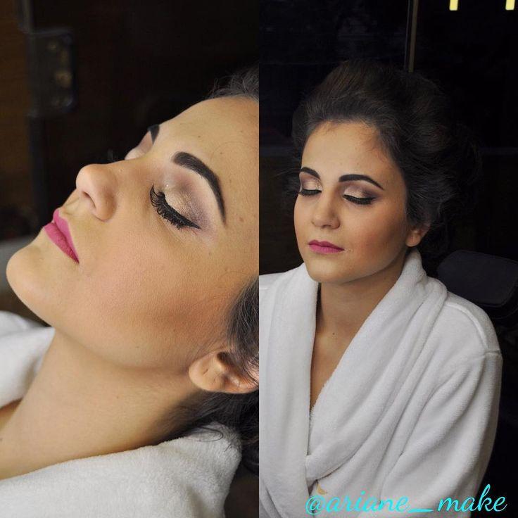 Hoje é dia de curso de #microblading , mas eu não resisti e vim mostrar a foto da minha noiva de sábado ���� Com make #airbrush eu preparei a pele perfeita para o grande dia! Um olhar marcante e sutil em tons terrosos e um delineado perfeito. Em breve mais fotos ��������❤️ #portoalegre #VemPraLuminna #ArianeNunes #artisticmakeup  #bride #bridetobe #ilovemyjob #makeup http://gelinshop.com/ipost/1515302723788219096/?code=BUHb8yClCLY