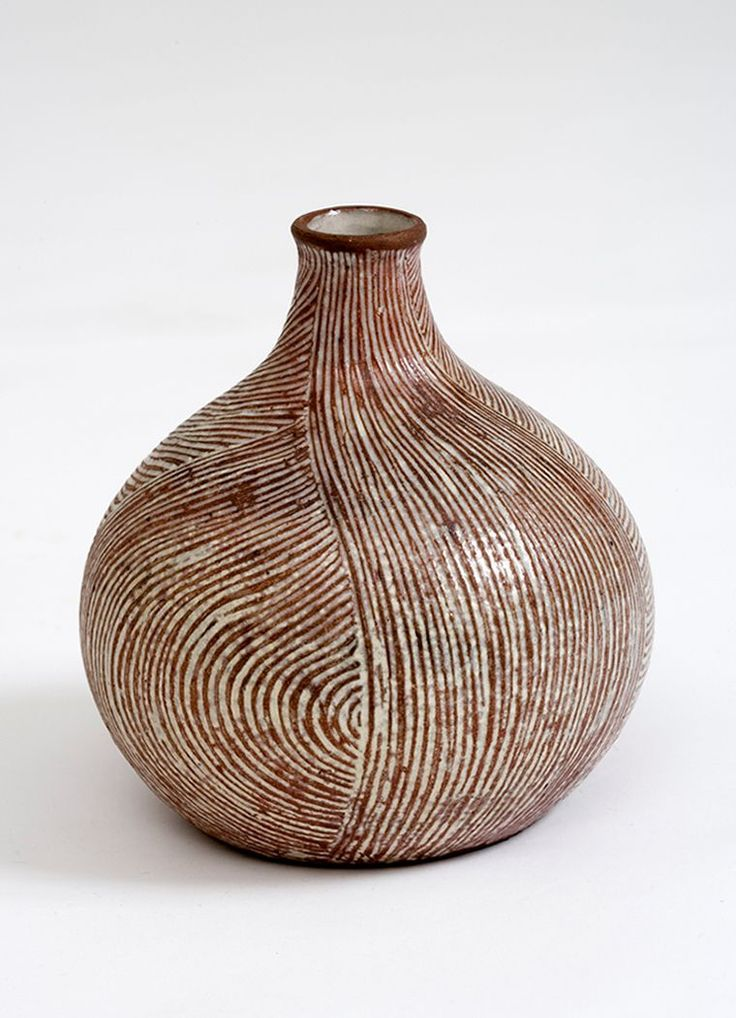 Gertrud Vasegaard (1913-2007). Jar. 1937-42. Wheel-thrown, scratched pattern, glazed earthenware.  Maybe use on the inside palms of Mimi hands project.