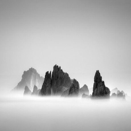 Hengki Koentjoro, minimalist, minimalism, landscape photography, black and white, photography