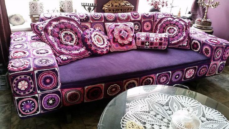 Stunning #crochet mandala couch #art