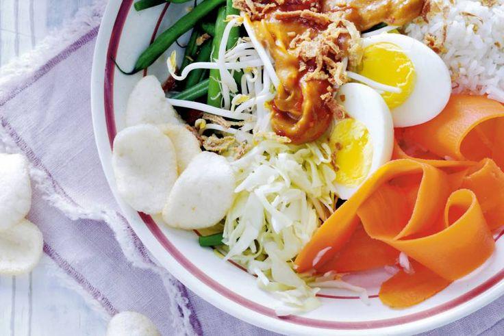 Gadogado met rijst - Recept - Allerhande
