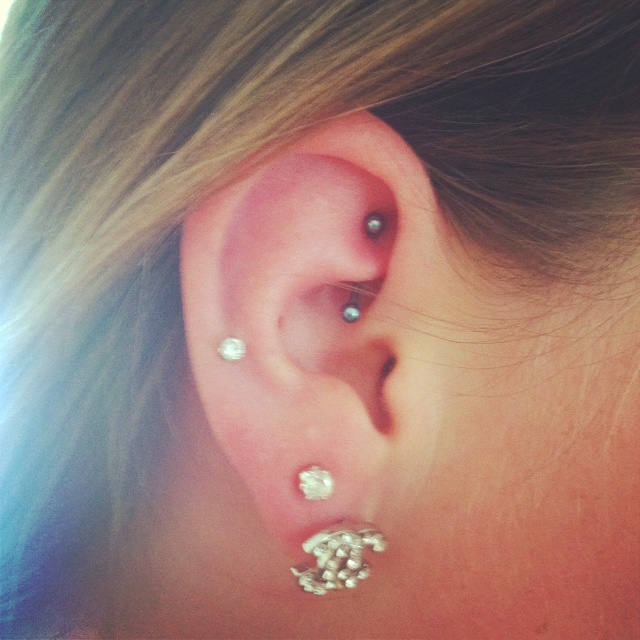 Rook :) exact piercings i want on my left ear