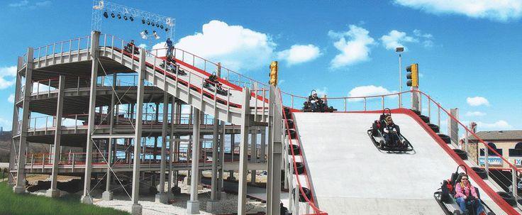 Une immense piste de go-kart «Mario Kart» sur 4 étages va ouvrir à Niagara Falls featured image