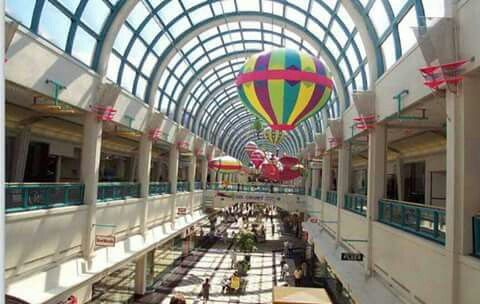 1. Greendale Mall- 7 Neponset Street, Worcester, MA Greendale Mall is a popular shopping spot in Worcester, with a large amount of specialty stores and restaurants. manakamanamobilecenter.tk 2. City Square- Front Street, Worcester, MA