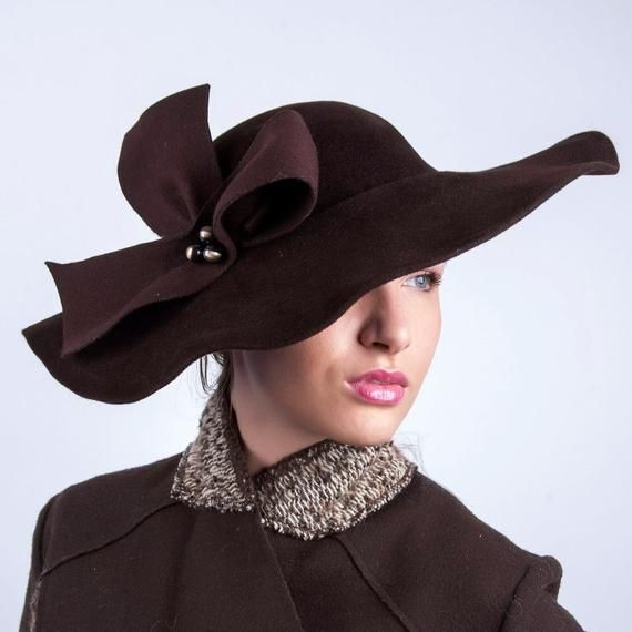 Fall Fashions Chocolate Brown Velvet Vintage 1950s Mink Tail Hat