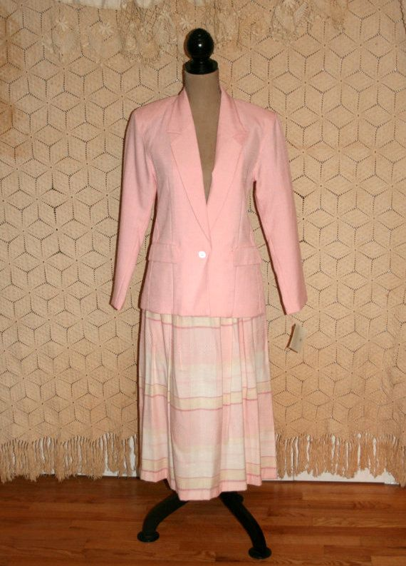 80s Skirt Suit ~ This lovely 80s skirt suit is new with the tags still attached. The suit is from Karen Scott and was made in Japan. The set