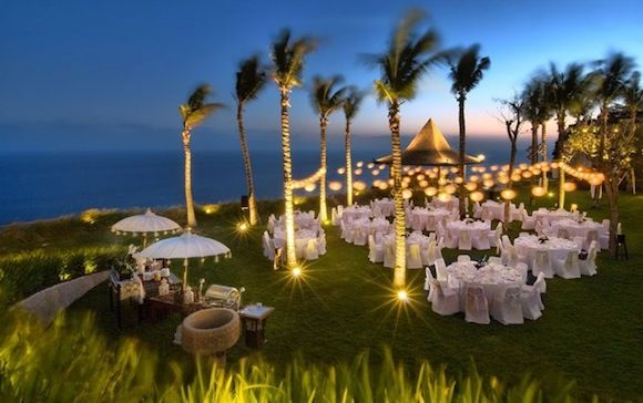 cliff front villa's wedding