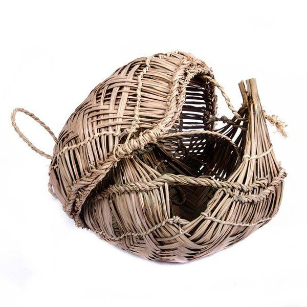 Small Xavante palm leaf storage basket with lid | Between Dog and Wolf