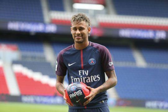 Invertir el París Saint-Germain FC en un crack como Neymar, Jorge Barraza, demuestra clara intención de éxito como de poderío de mercado.