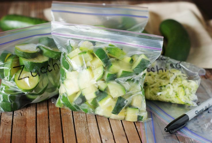 How to Freeze Zucchini:  Unsure what to do with all that summer zucchini? Instead of pawning it off on all your neighbors or letting it go to waste, freeze it.