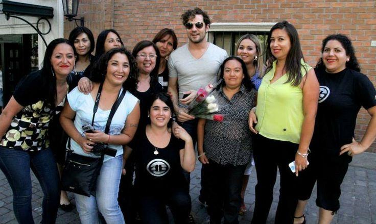 David Bisbal con el club de Chile , promocionando Tu y Yo