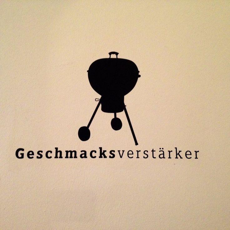 """PLÄTZE: AUSPROBIERT habe ich am Wochenende den """"Grillkurs Basic"""" der Weber Grill Akademie Hat viel Spass gemacht, seeehr lecker geschmeckt und jetzt stellt sich für mich die Frage: Kohle- oder Gasgrill?!"""