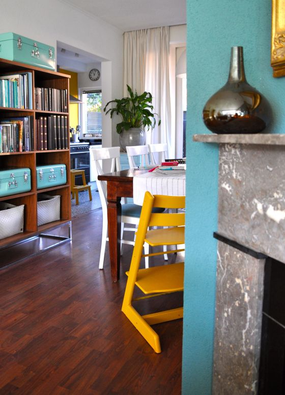 Gele tripp trapp stoel in eetkamer na stijlidee interieuradvies en styling home and deco - Eetkamer deco ...