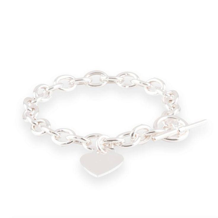 Stoer en lief tegelijkertijd is deze zilveren schakelarmband met hartje