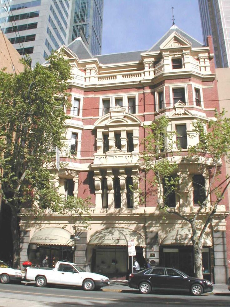 115 to 119 COLLINS STREET - 1900-15 Edwardian (English Queen Revival Style) - architects: Ussher and Kemp