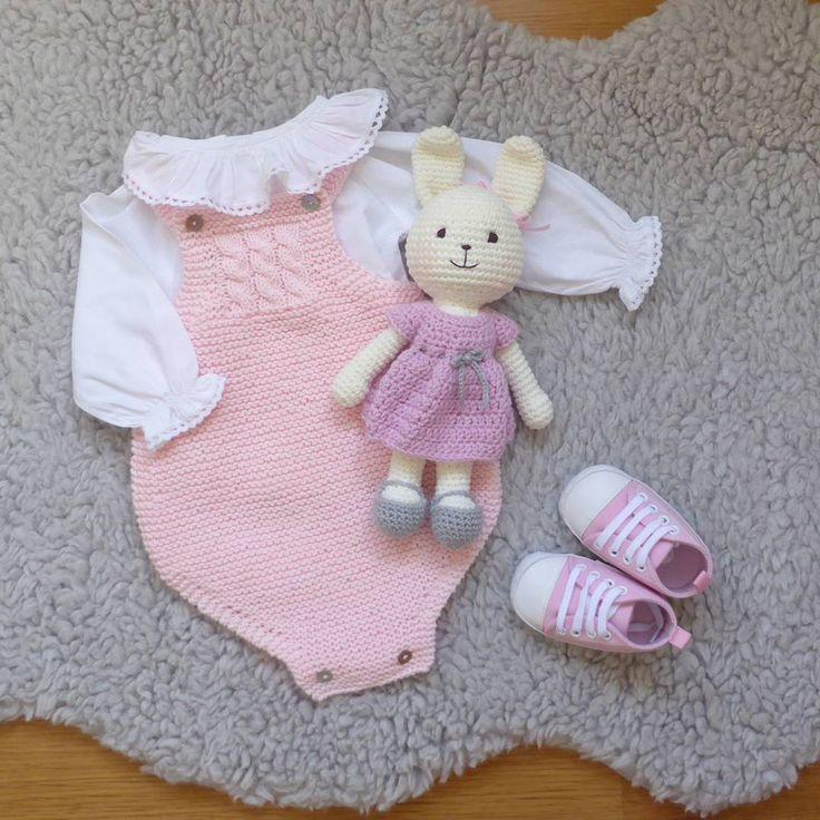 """108 Gostos, 5 Comentários - marlene rodrigues (@pontinhosmeus) no Instagram: """"Special gift for a beautiful baby girl ❤"""""""