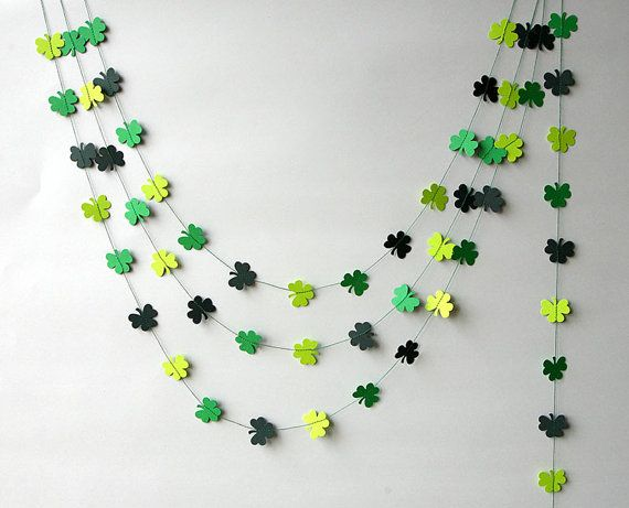 St Patricks garland Clover shamrocks garland St Patrick's Day banner clover garland Clover decoration Irish party decor Irish Wedding by TransparentEsDecor