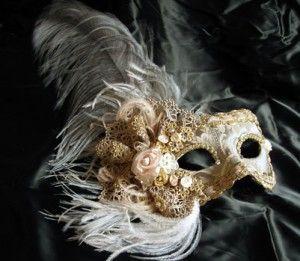 Petra - handmade Venetian mask MT15