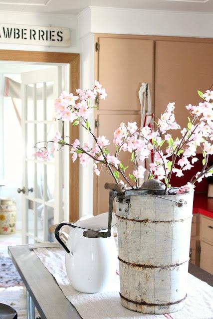 rusty hinge: Another Bucket of Blooms