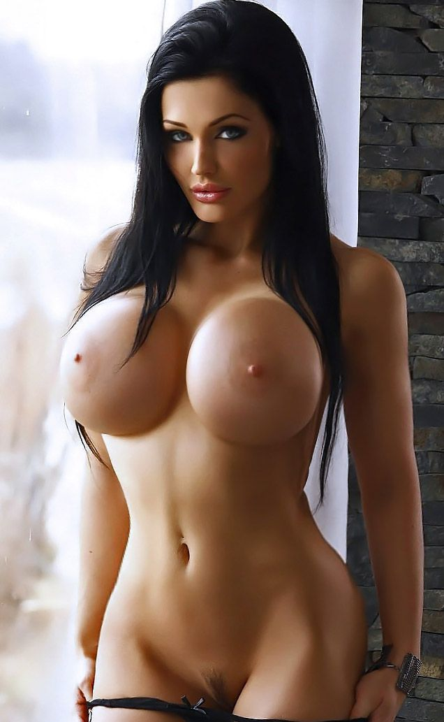 Purfect Huge Naked Tits 28