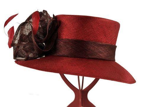 Abby - Hat Hire   Hat Borrower
