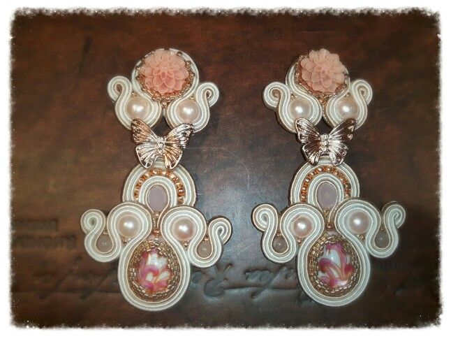 butterflies on my ears - soutache earrings Arona Haryo by E.M.M.  aronacouture@gmail.com