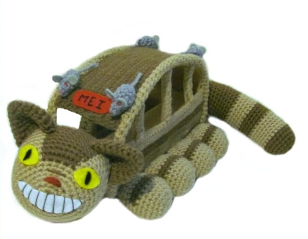 FREE FRIENDLY PDF DOWNLOAD! I cannot wait to do this. Amigurumi To Go!: Cat Bus Free Crochet Pattern With Video Tutorial