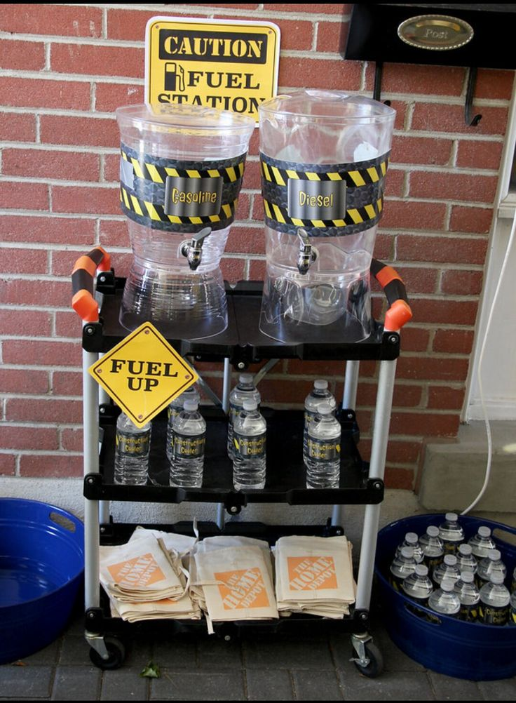 Drink station idea for a construction theme birthday party. By Yvana's Decor. Find us on Facebook.