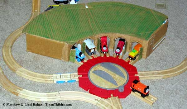 DIY Wooden Train Roundhouse « Tips n Tidbits