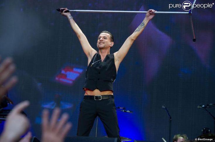 Dave Gahan triomphe au concert de Depeche Mode au Stade de France, le 15 juin 2013.