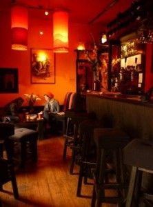 "Los Perros ""couch"" bar, trendy laid back atmosphere with good music.  Popular with slightly older crowd."