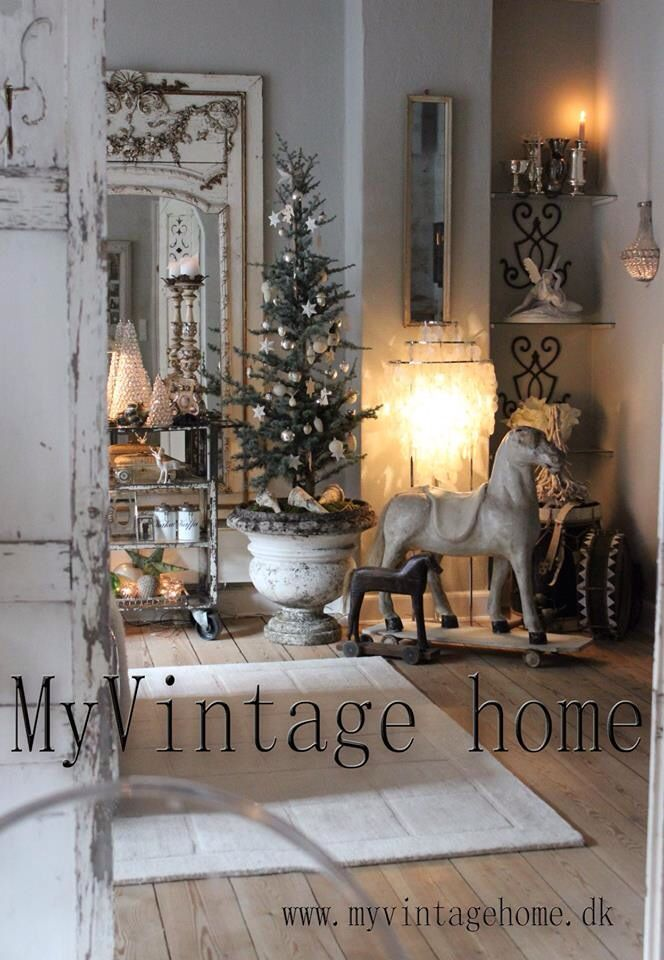my vintage home christmas pinterest vintage shabby. Black Bedroom Furniture Sets. Home Design Ideas
