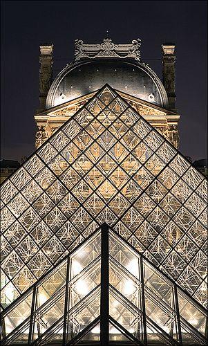 The Glass Pyramyd by I. M. Pei @ Musée du Louvre, Paris . Image by daviDRombaut, via Flickr