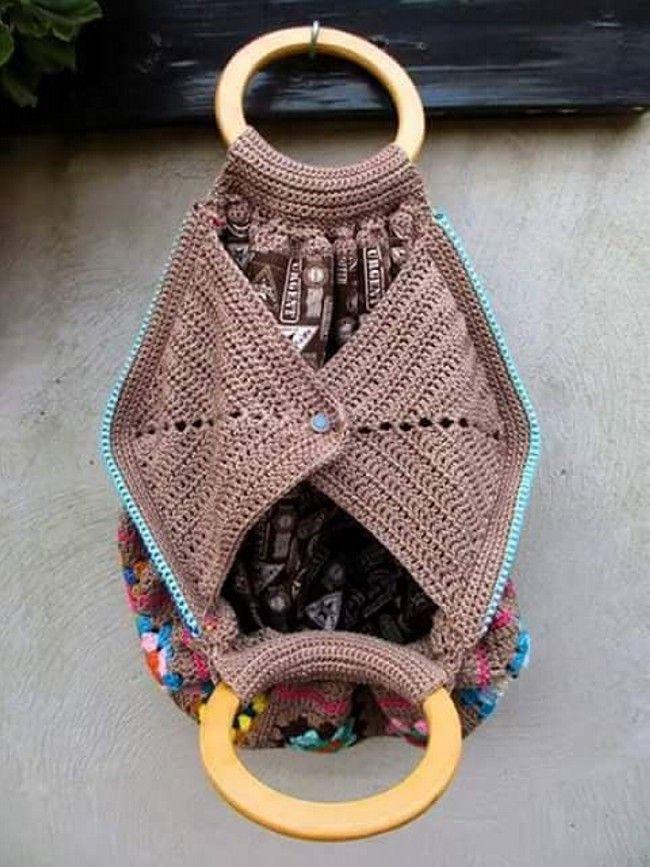 Crochet Hang Bag Pattern Collection #CrochetBagPatterns #CrochetPatterns #Croch…