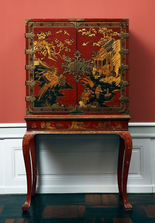 The David Collection - Chinoiserie  Cabinet, 1710