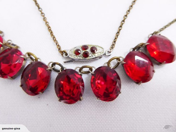 Vintage Art Deco red French paste necklace