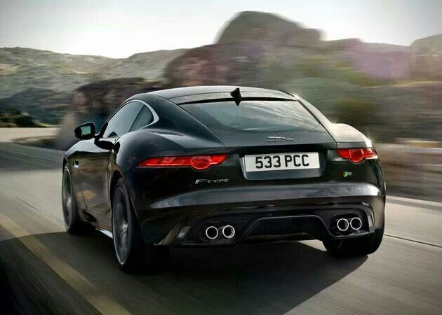 jaguar f type r coupe 1500 for british racing green worth it supercharged v8 does 0 60 in 4. Black Bedroom Furniture Sets. Home Design Ideas