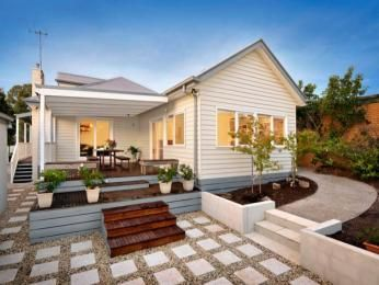 Photo of a stone house exterior from real Australian home - House Facade photo 360947