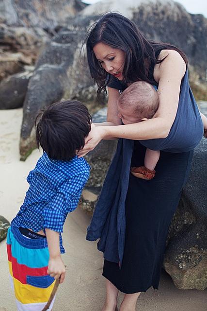 the sling diaries: bron, rose and max babywearing expression! #sakurabloom  By Cara Loren Photography