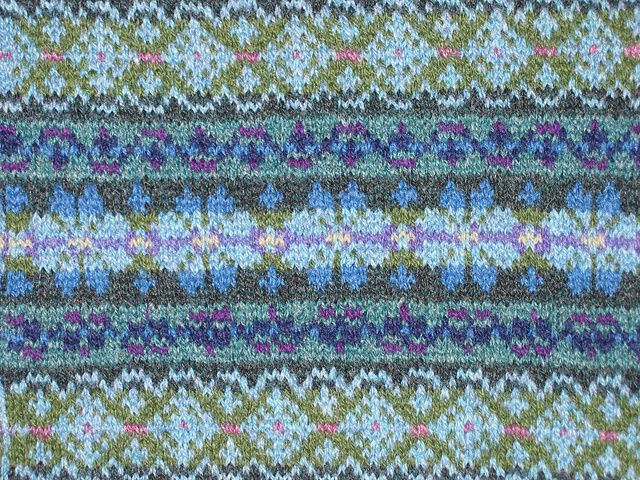 293 best tricots fair isle fair isle knitting images on Pinterest ...