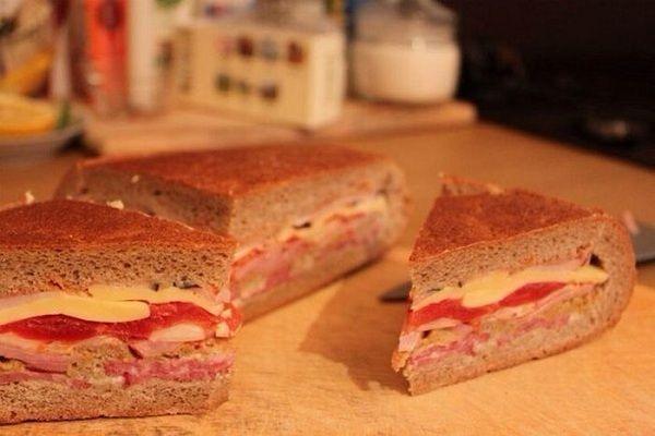 Zabudnite na obložené chlebíky. Toto jedlo nie je o nič náročnejšie, výsledok je však neporovnateľný!