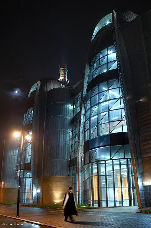 Elektrownia przy ul Targowej w Łodzi (EC1) – pierwsza łódzka elektrownia, uruchomiona w 1907 roku przy ul Targowej. Działała do 2005 roku. Aktualnie (2013) zespół budynków dawnej EC1 jest poddawany rewitalizacji, z celem przekształcenia go w centrum naukowo-kulturalne.